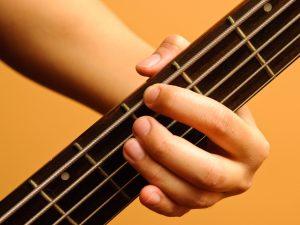 5 Errores que nunca debes cometer con el ukelele -dedo mal colocado